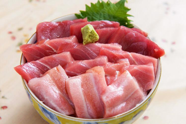 Oma Tuna sashimi