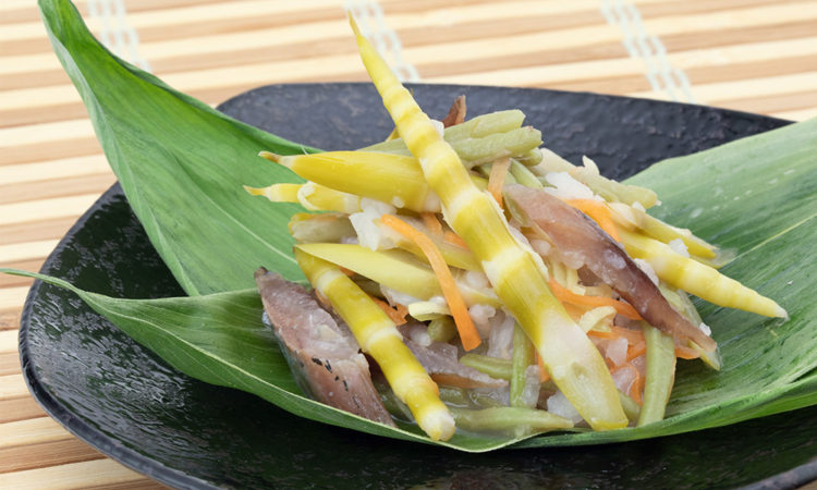 Hosotake (Thin bamboo shoots) Sushi